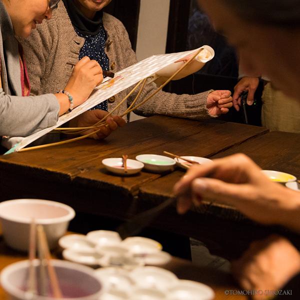 京町家 ひよりイベントの様子・墨絵体験